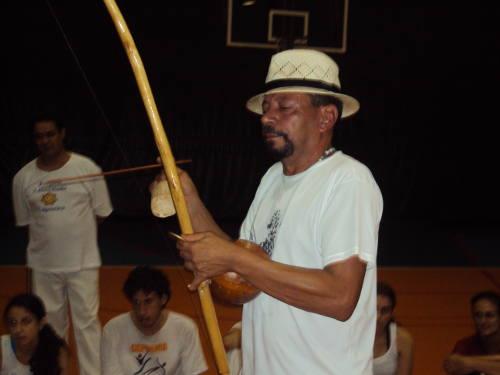 Mestre Angolinha